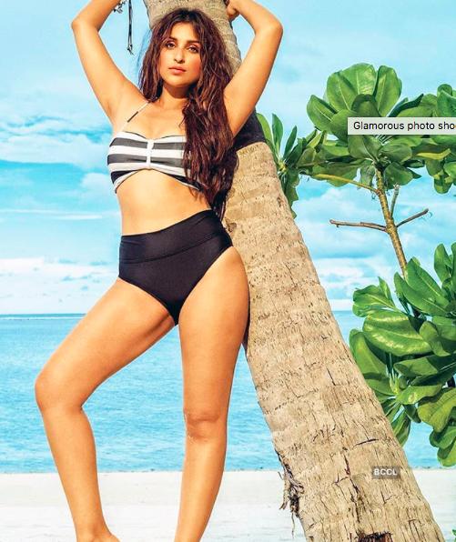 In Pictures~Bikini Clad Parineeti Chopra Looks Sizzling