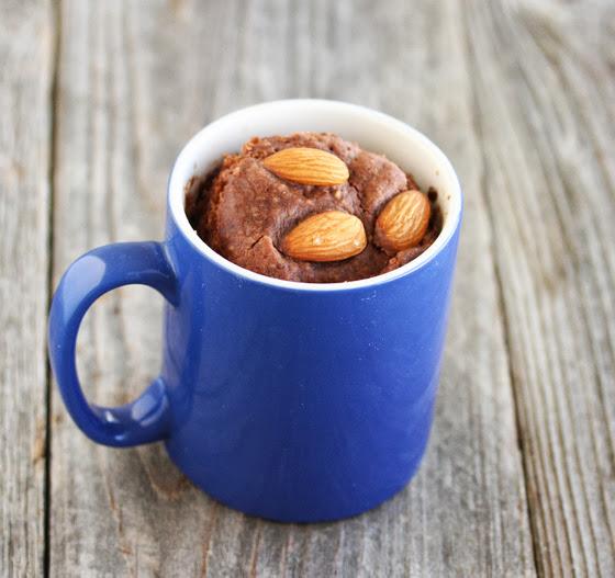 hb_chocolate-almond-mug-cake
